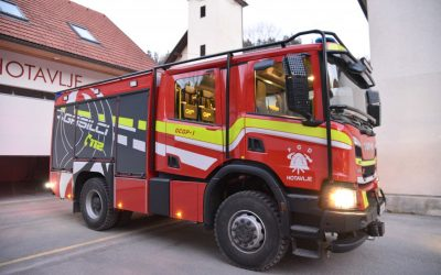 Hotaveljski gasilci z novim vozilom